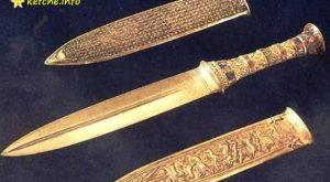 Кинжалът на Тутанкамон е направен от извънземен материал